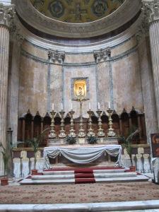 Pantheon Main Altar